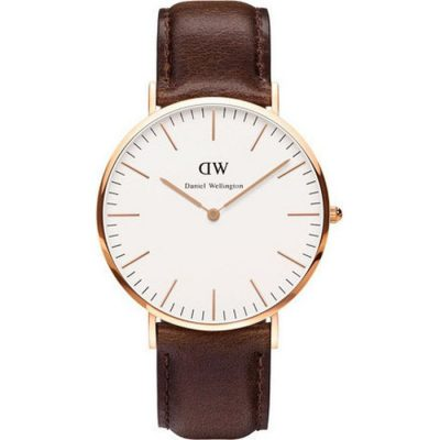 DANIEL WELLINGTON Bristol Rose Gold Plated case