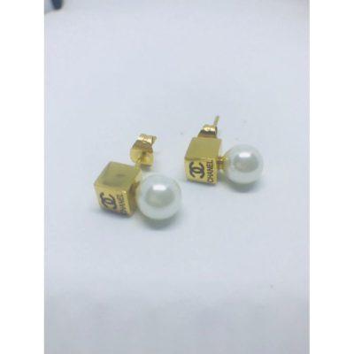 Ατσάλινα σκουλαρίκια επιχρυσωμένα με πέτρα τύπου Chanel