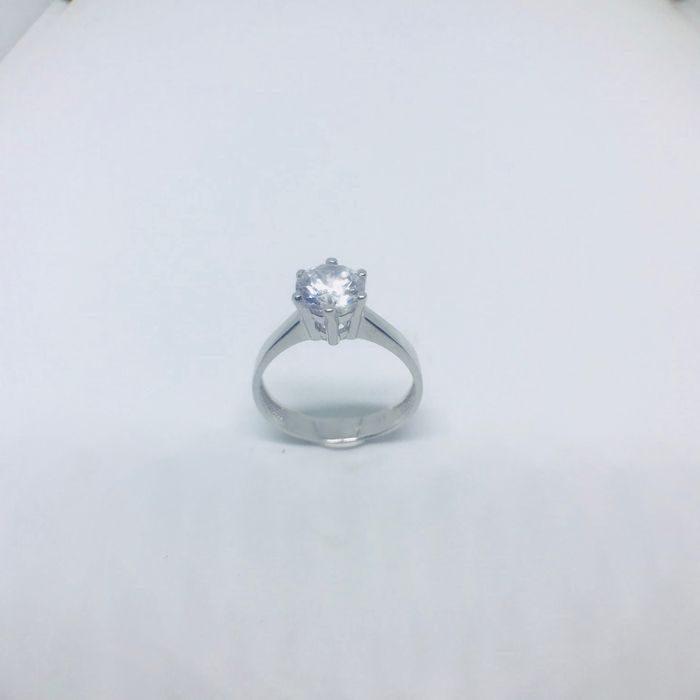 Λευκόχρυσο δαχτυλίδι μονόπετρο 1cb565d85c9